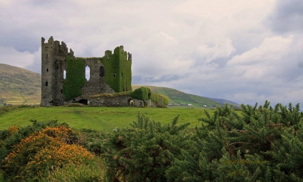Ireland, Ballycarberry Castle
