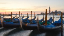 http://timesharegame.com/wp-content/uploads/ita-venice-gondolas-213x120.jpg