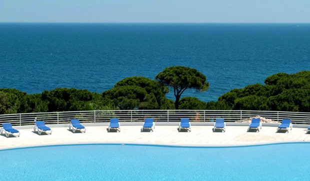 Villas d'Agua has a stunning location on the coast of Portugal