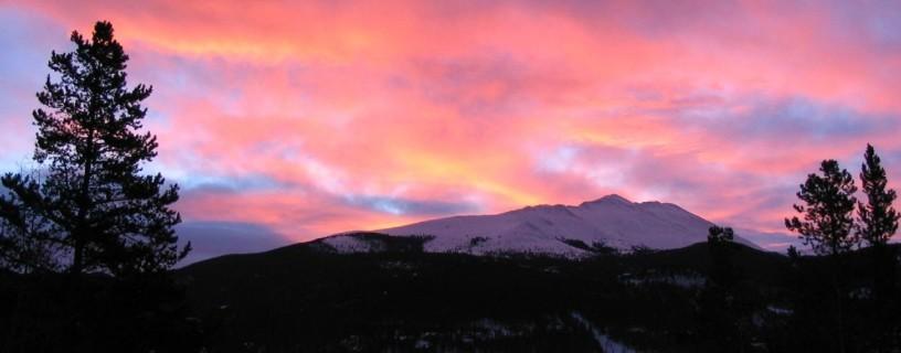 http://timesharegame.com/wp-content/uploads/slider-breck-sunrise-816x320-816x320.jpg