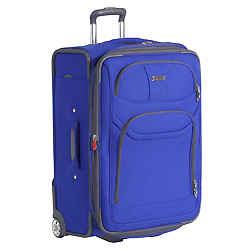 Helium Fusion suitcase from Delsey has built-in overweight indicator