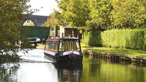 https://timesharegame.com/wp-content/uploads/uk-narrowboat-canal-213x120.jpg